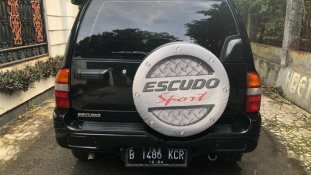 Butuh dana ingin jual Suzuki Escudo 2006
