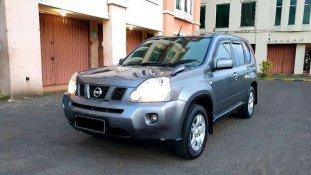 Butuh dana ingin jual Nissan X-Trail 2009