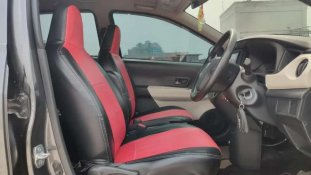 Butuh dana ingin jual Daihatsu Sigra 1.2 X AT 2017