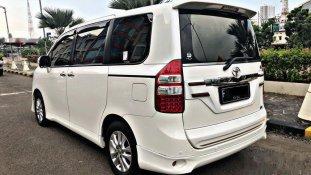 Toyota NAV1 V Limited 2014 MPV dijual