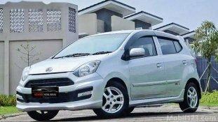 Daihatsu Ayla M Sporty 2013 Hatchback dijual