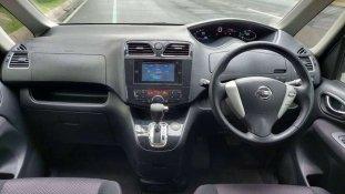 Nissan Serena 2013 MPV dijual