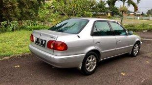 Butuh dana ingin jual Toyota Corolla 2000