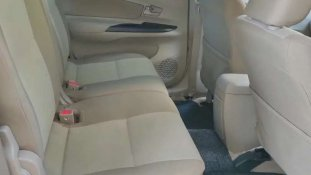 Butuh dana ingin jual Toyota Avanza 1.3G MT 2013