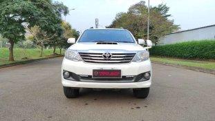 Butuh dana ingin jual Toyota Fortuner 2014