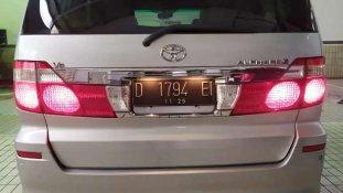 Jual Toyota Alphard 2004 kualitas bagus