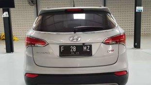 Hyundai Santa Fe 2015 SUV dijual