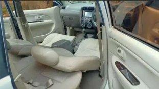 Daihatsu Xenia Xi 2010 MPV dijual