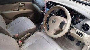 Butuh dana ingin jual Nissan Grand Livina XV 2009