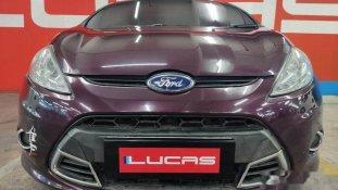 Butuh dana ingin jual Ford Fiesta Sport 2011