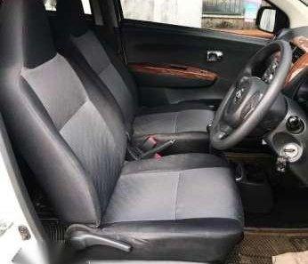 Daihatsu Ayla Type 1.0 X Tahun 2014 Warna Putih -1