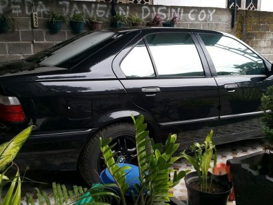 BMW 318i E36 1.8 Manual 1997 Sedan-1