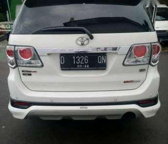 Toyota Fortuner G TRD 2012 Automatic Putih-1