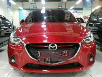 Mazda 2 R 2015-1