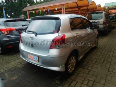 Toyota Yaris S 1.5 LIMITED 2010 -1