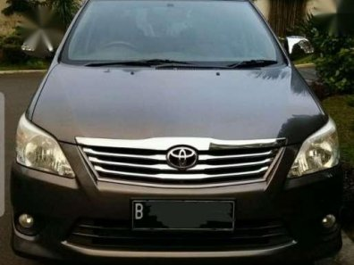 Toyota Inova 2.4 G MT 2012