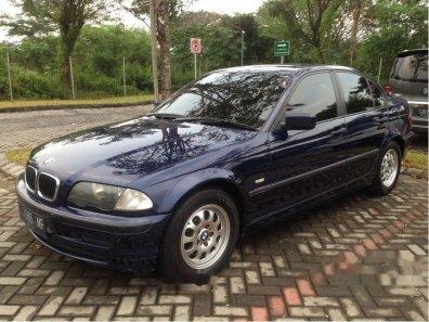 Jual mobil BMW 318i 2000 Jawa Timur-1