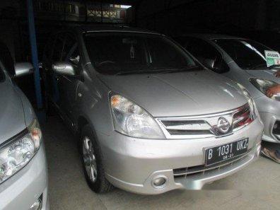 Nissan Grand Livina Ultimate 2011-1