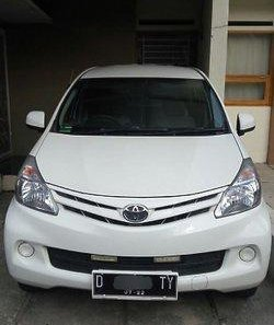 Jual Toyota Avanza 2012-1