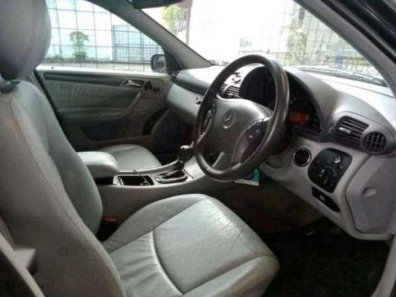 Mercedes-Benz C320 C63 6.2 AMG 2000-1