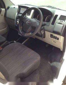 Jual Daihatsu Luxio X 2014-1