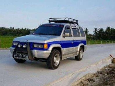 Jual murah Isuzu Panther 2.3 1996-1