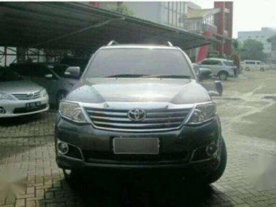 Jual mobil Toyota Fortuner 2.4 2014-1