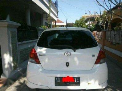 Jual mobil Toyota Yaris E 2011-1