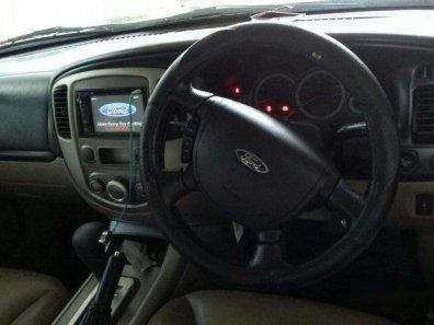 Jual Mobil Bekas Berkualitas Ford Escape XLT 2009-1