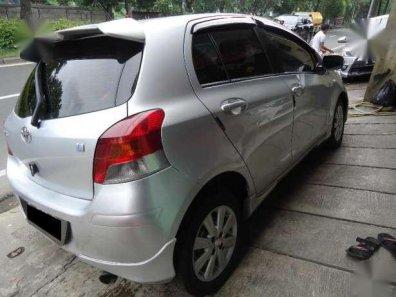 Jual mobil Toyota Yaris E 2010-1