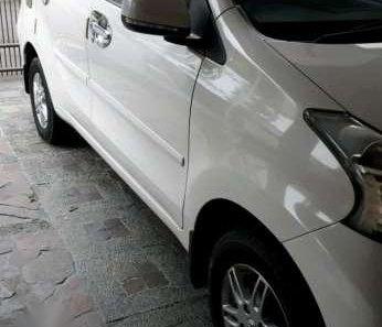 Jual Daihatsu Xenia R Deluxe 2012  -1