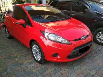 Dijual Mobil Ford Fiesta 1.4 Automatic, 2011, Merah, -1