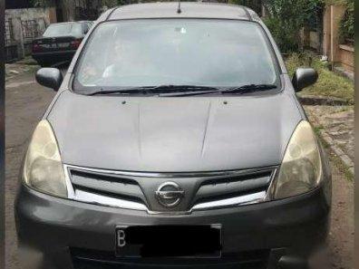 Dijual Mobil Nissan Livina AT 2011