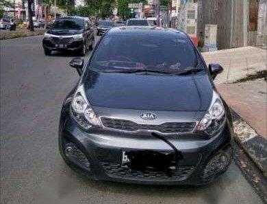 Jual mobil Kia Rio 2014-1
