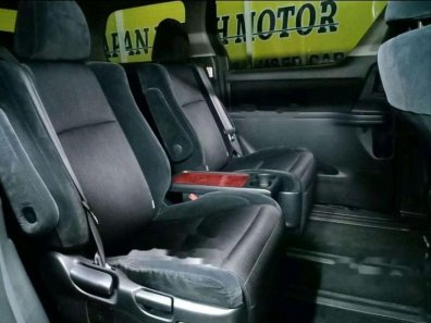 Jual Toyota Vellfire 2010, harga murah