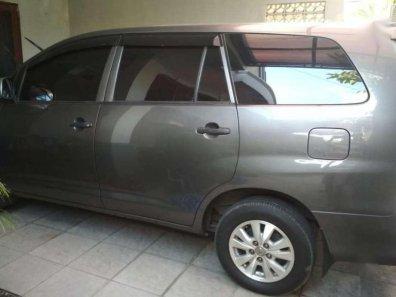 Butuh dana ingin jual Toyota Kijang  2008