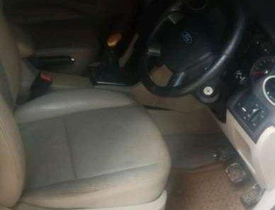 Ford Focus Ghia 2005 Sedan dijual