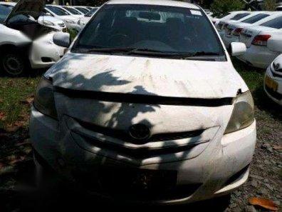Toyota Vios E 2010 Sedan dijual-1