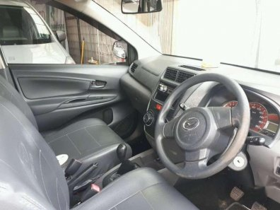 Daihatsu Xenia D PLUS 2014 MPV dijual-1