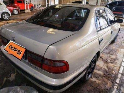 Butuh dana ingin jual Toyota Corona  1995-1