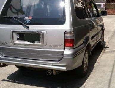 Butuh dana ingin jual Toyota Kijang Krista 2002-1