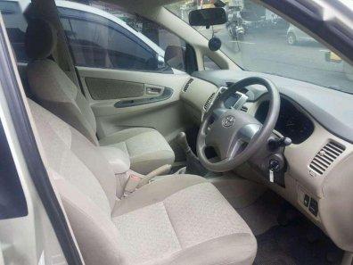 Jual Toyota Kijang Innova 2011, harga murah-1