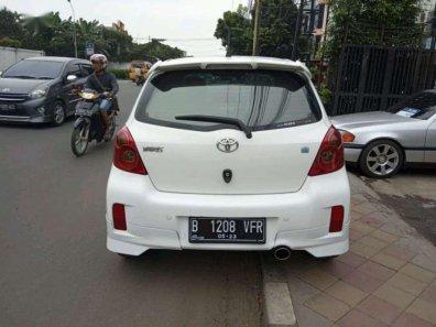 Butuh dana ingin jual Toyota Yaris E 2013-1