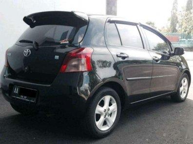Butuh dana ingin jual Toyota Yaris E 2008-1