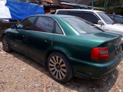 Butuh dana ingin jual Audi A4  1997-1