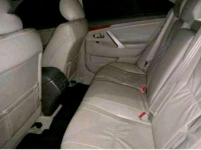 Toyota Camry V 2010 Sedan dijual-1