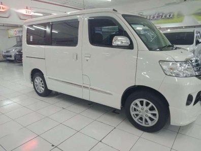 Daihatsu Luxio X 2016 Minivan dijual-1
