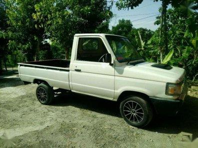 Butuh dana ingin jual Toyota Kijang PU 1993-1