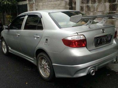 Toyota Vios  2004 Sedan dijual-1