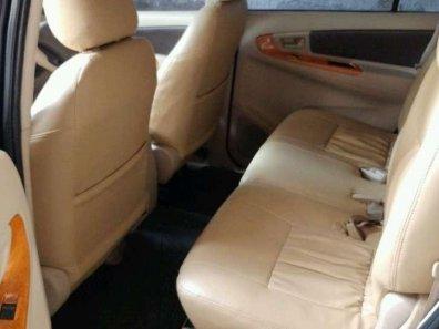 Butuh dana ingin jual Toyota Kijang Innova G 2008-1